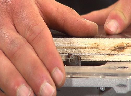houtopbergkar kar hout opbergen frezen zagen resthout betonplex opbergsysteem