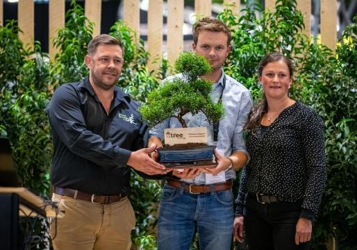Marc Galle (links) op de uitreiking van de 1.2.Tree Award op de jongste editie van Green (foto Groen Groeien)