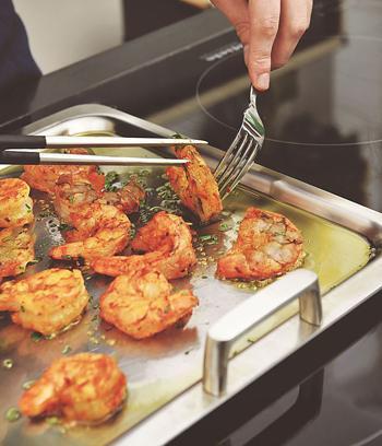 De meeste grills en plancha's zijn geschikt voor het gebruik  op alle soorten kookplaten