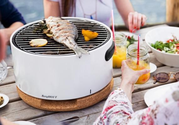 Tafelbarbecues zijn niet alleen handig qua formaat maar bereiken ook snel de gewenste temperatuur. Zo kan je sneller aan tafel schuiven en volop genieten.