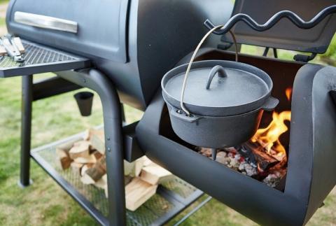 Mensen gaan steeds creatiever om met hun barbecuetoestel. Zo kan je ook perfect een stoofpotje bereiden via je barbecuetoestel.