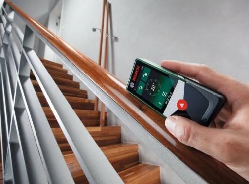 Met deze compacte digitale meter bepaalt u afstanden met één druk op een knop