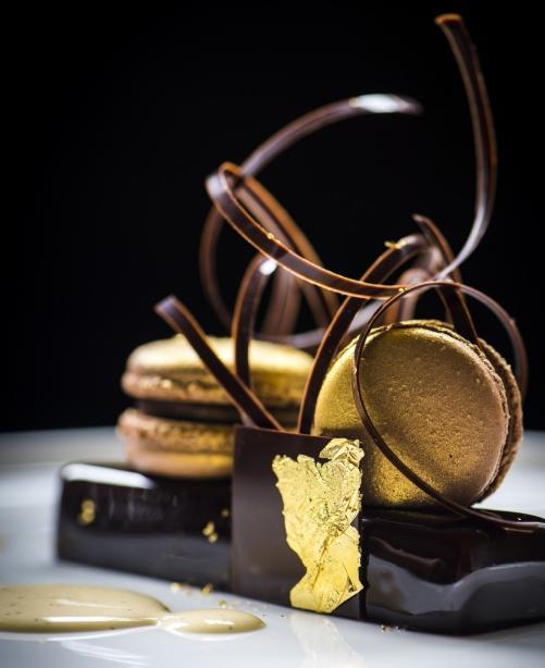 """""""Je combine le chocolat avec d'autres ingrédients  sur base de mon expérience et avec l'aide des  'food pairing tools'"""""""