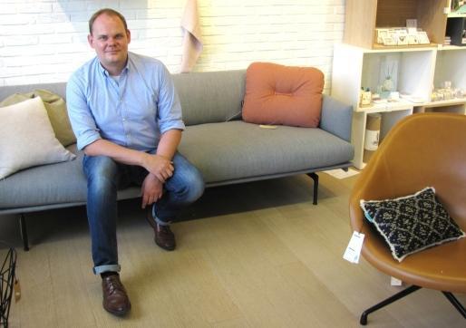 Thomas Minnebo van kookwinkel en interieurzaak Oosterlinck