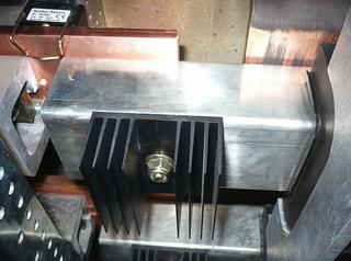 Er werden ongeveer tachtig temperatuursensoren geïnstalleerd op kritieke punten in de schakelapparatuur, zodat hete punten sneller kunnen worden gedetecteerd