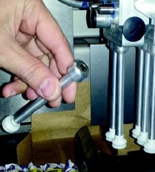 Zuignappen van de gripperkop zijn magnetisch en 'toolless' om te stellen