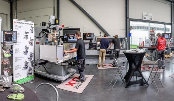 Crispyn Machines CNC Conventioneel