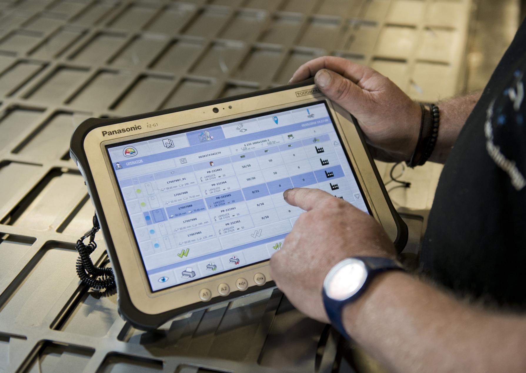 Via een tablet zijn ook 'foreign machines' verbonden met de CADMAN-software