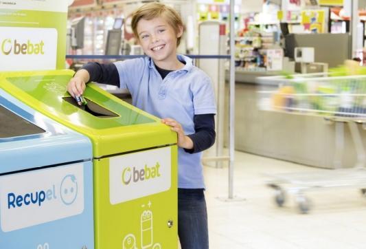 Bebat inzamelen van batterijen in supermarkten
