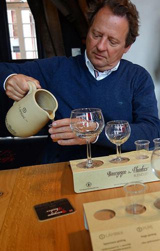 Tijdens de workshop kunnen de deelnemers zelf hun Bourgogne des Flandres samenstellen